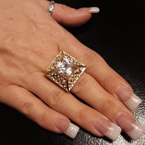 AAA Simulated White Diamond/Crystal 14kt/Stainless